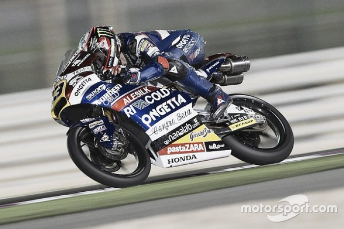 Antonelli steals the lead in a dramatic end to the first Moto3 race in Qatar
