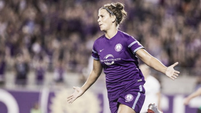 Houston Dash add forward Sarah Hagen to roster