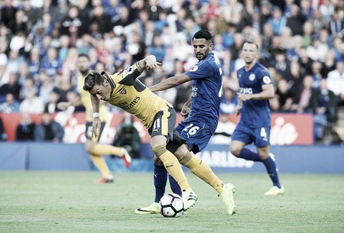 Leicester e Arsenal empatam sem gols e seguem sem vencer na Premier League