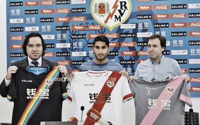 """Aras Ozbiliz: """"Elegí al Rayo por su filosofía de juego"""""""