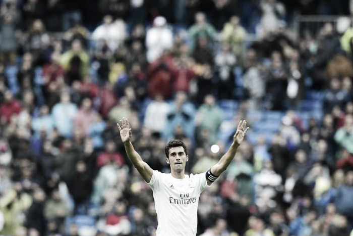 Álvaro Arbeloa plays last match at the Santiago Bernabeu