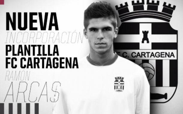 Ramón Arcas se convierte en la tercera incorporación cartagenera