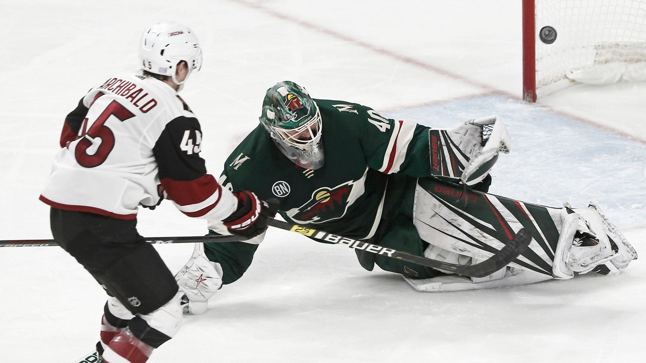 Arizona Coyotes break out of funk with comeback win