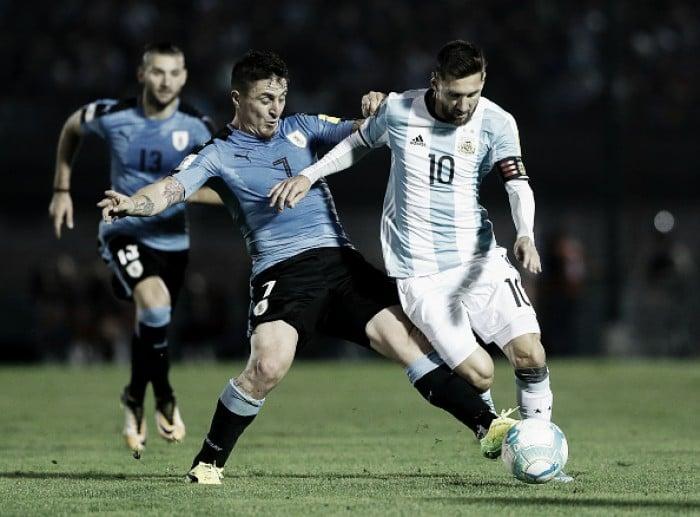 Em jogo marcado por muitas faltas, Uruguai e Argentina não saem do zero pelas Eliminatórias