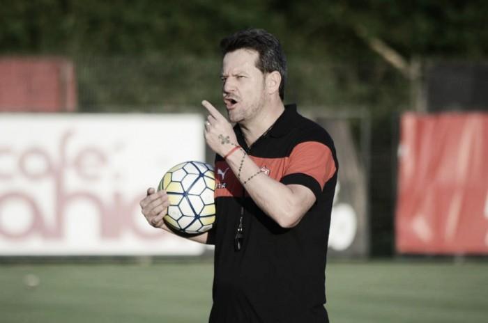"""Apesar da derrota, Argel elogia postura do Leão: """"Fizemos uma grande partida"""""""
