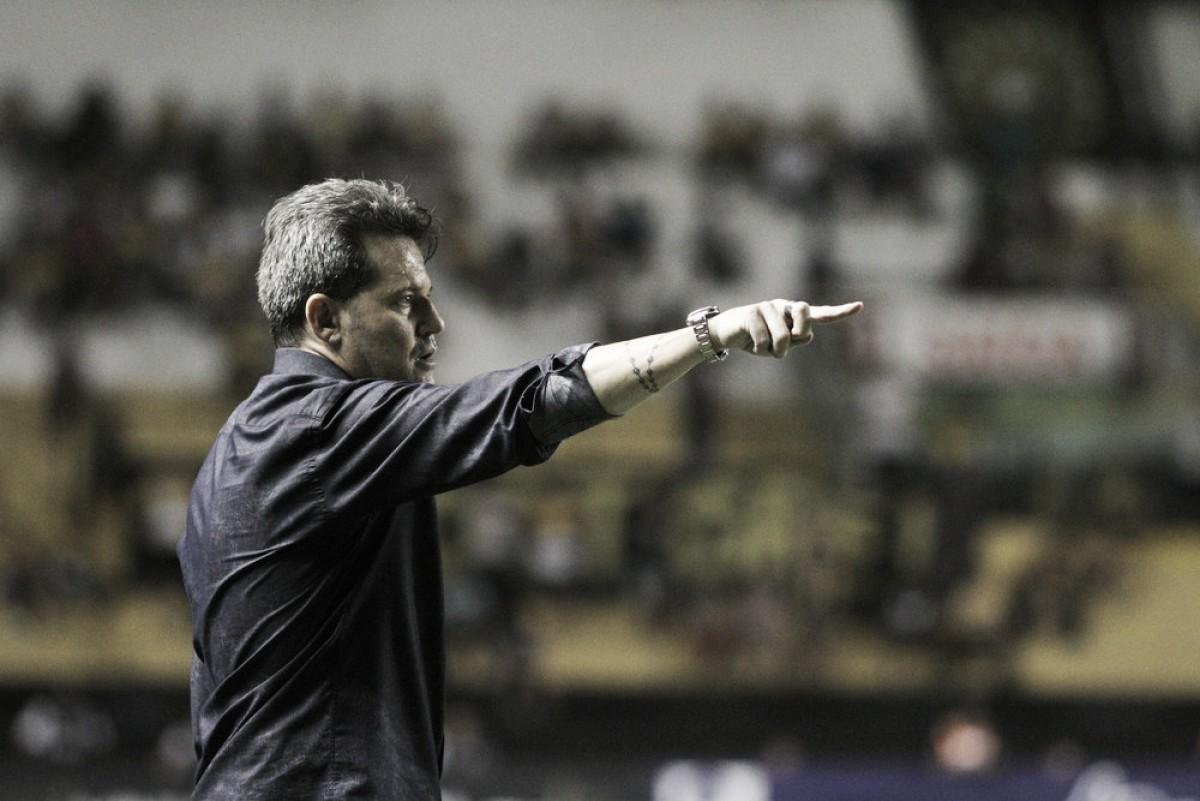 """Argel Fucks lamenta empate com Tubarão: """"Poderíamos ter resolvido o jogo"""""""