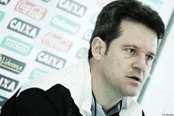 Após empate com São Paulo, Argel Fucks afirma que Figueirense está jogando em alto nível