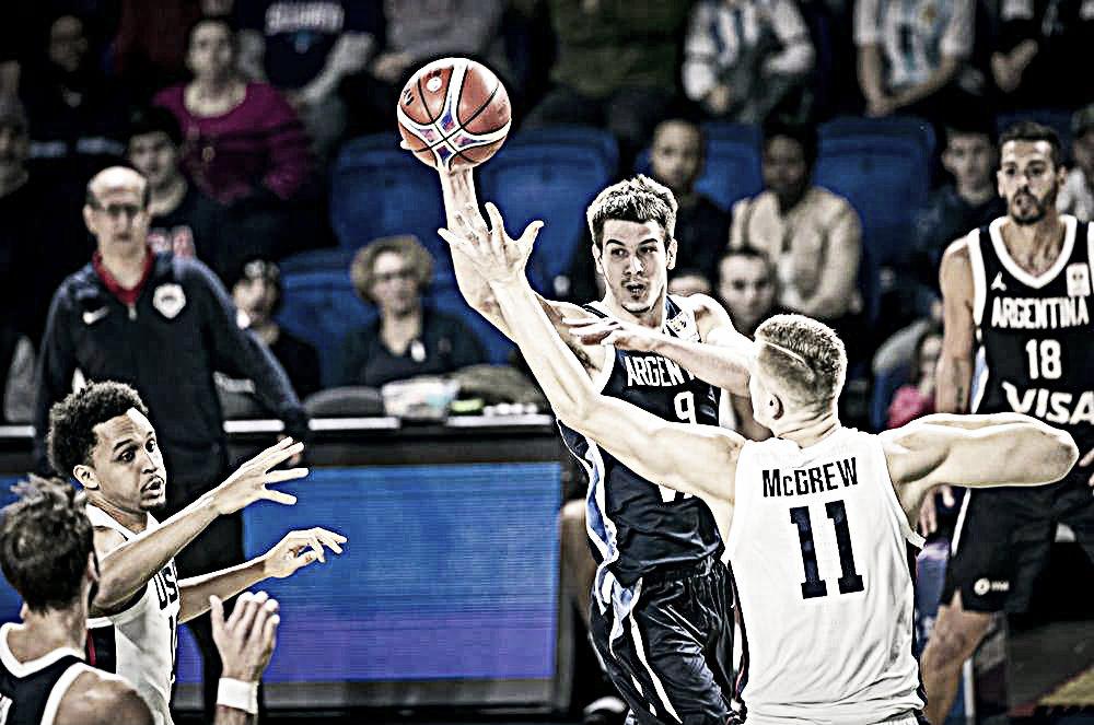 FIBA: Le hizo frente y sólo quedo un paso atrás