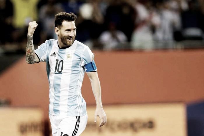 Argentina goleó con un Messi furioso