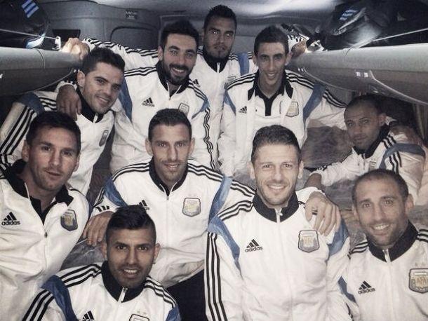 Com atraso e discrição, delegação da Argentina desembarca em Porto Alegre