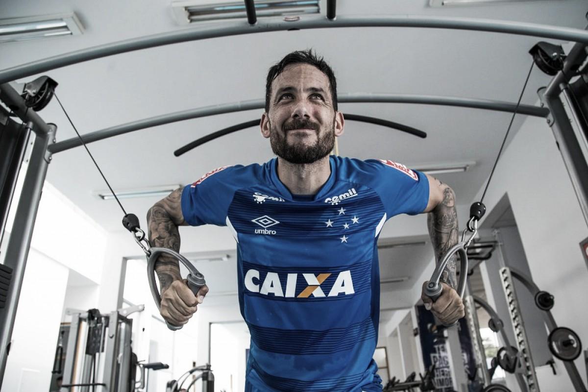 Pendurados de Cruzeiro e Atlético para clássico completam um time; Cabral retorna com dois amarelos