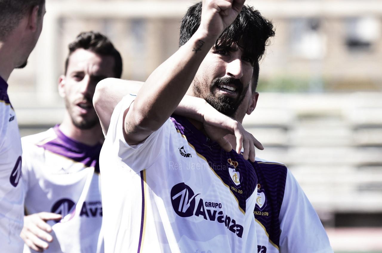 El Real Jaén pone rumbo a Segunda B