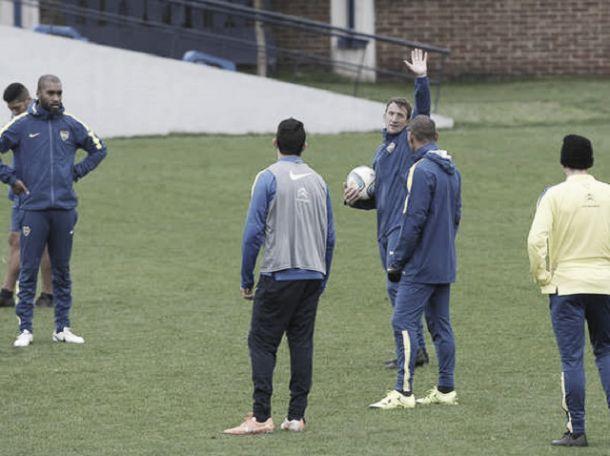 Arruabarrena va definiendo a su once titular para visitar a Arsenal