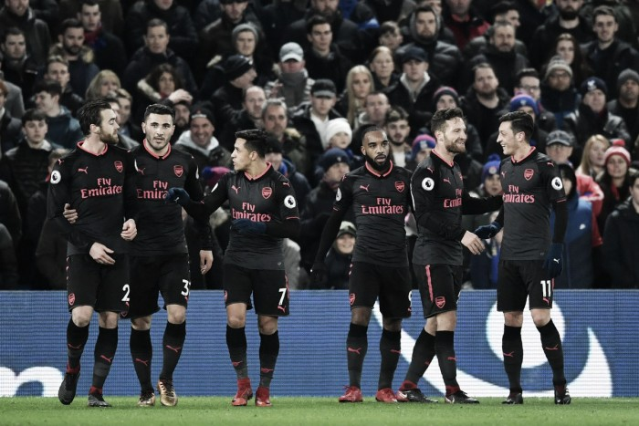 Sanchez scatenato: l'Arsenal vince il derby con il Crystal Palace