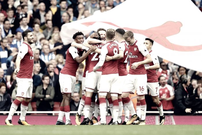 Premier League - Monreal-Iwobi, l'Arsenal supera il Brighton (2-0)