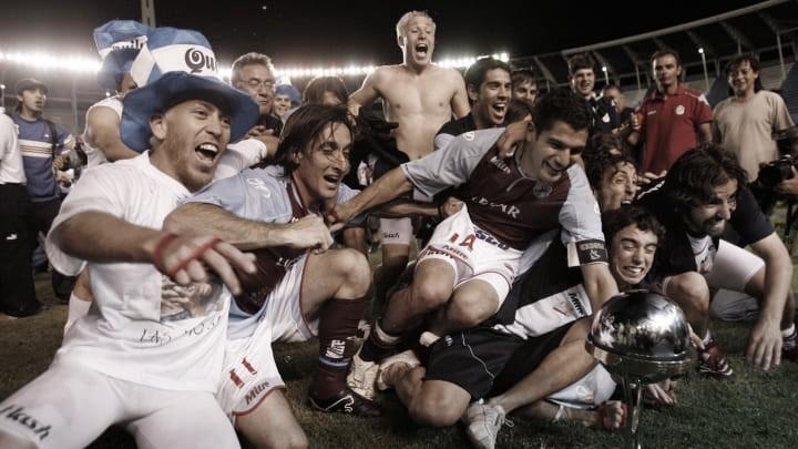 LA REVELACIÓN. Arsenal, fue el campeón de la edición 2007 de la Sudamericana. Foto: Web
