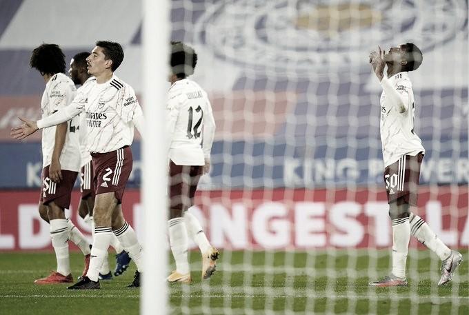 Arsenal passa bem pelo Leicester e está na quarta fase da Copa da Liga Inglesa