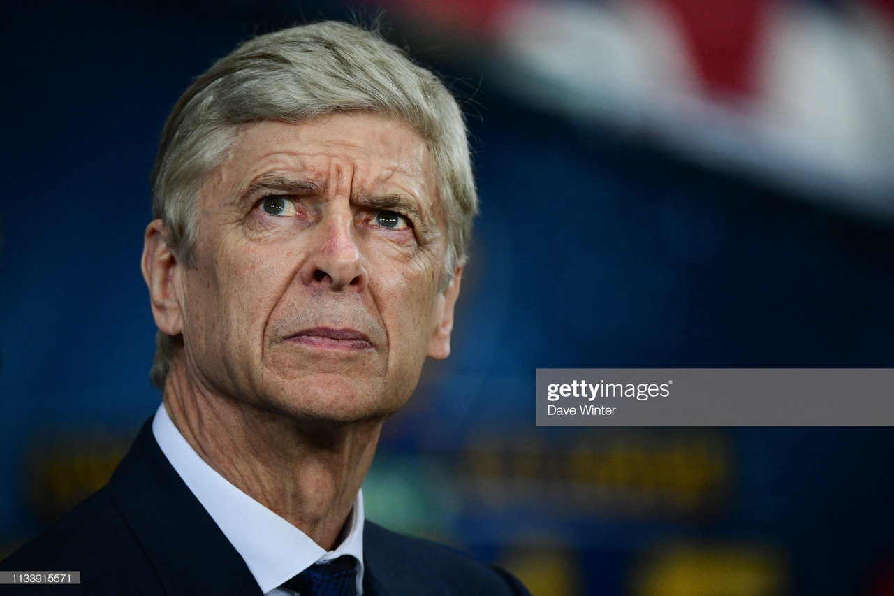 "Arsene Wenger is ""not convinced"" by Manchester United's team"