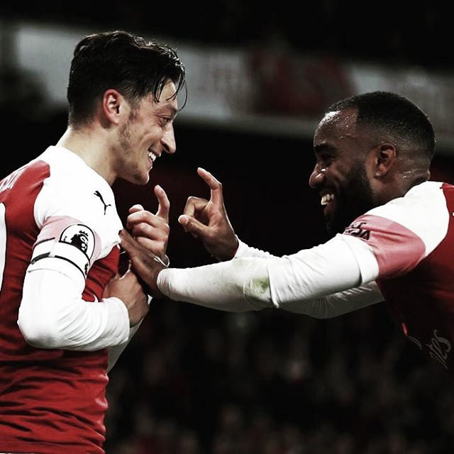 Com direito a golaço coletivo, Arsenal vence Leicester de virada pela Premier League