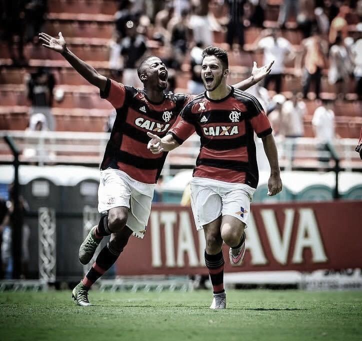 Arthur Bonaldo relembra conquista pela base do Flamengo e lamenta não ter sido aproveitado no profissional