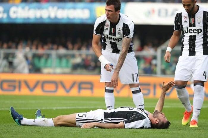 Juve: Barzagli infortunato al braccio