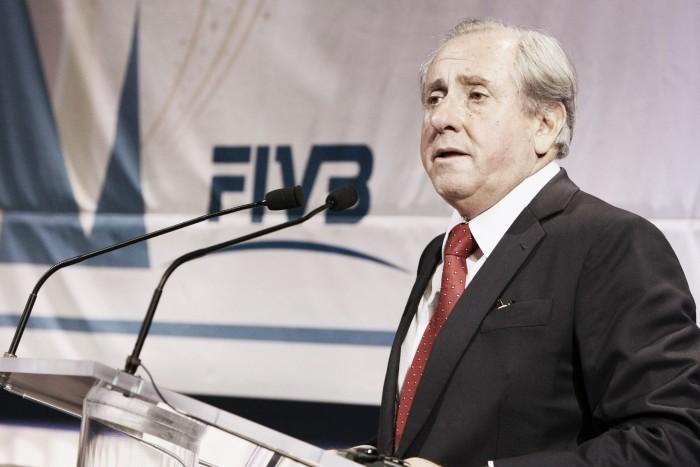 """Ary Graça é reeleito na FIVB e Murilo mostra indignação: """"Sério isso?"""""""