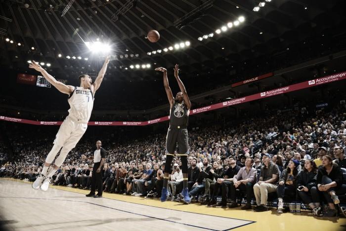 Após início equilibrado, Warriors vencem Mavericks com folga e encerra sequência negativa