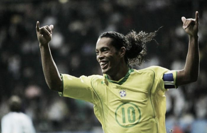 Ronaldinho Gaúcho: o destaque do penta em 2002 que acabou decepcionando em 2006