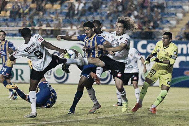 Amargo empate entre San Luis y Leones Negros