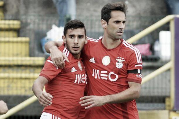 Benfica segue em frente contra Moreirense sem ritmo