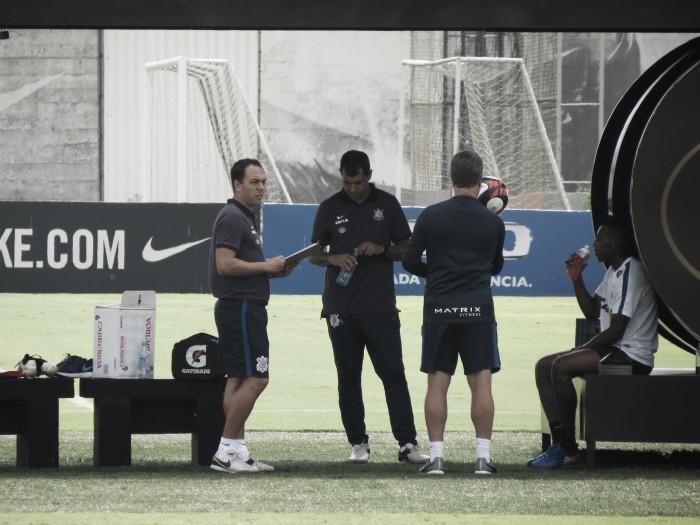 Com apresentação de Jadson e escalação modificada, Corinthians encara Santo André na Arena