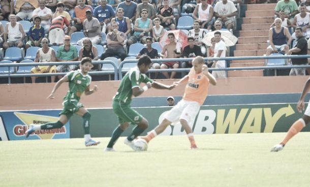 Em jogo lento, Nova Iguaçu e Cabofriense ficam no empate