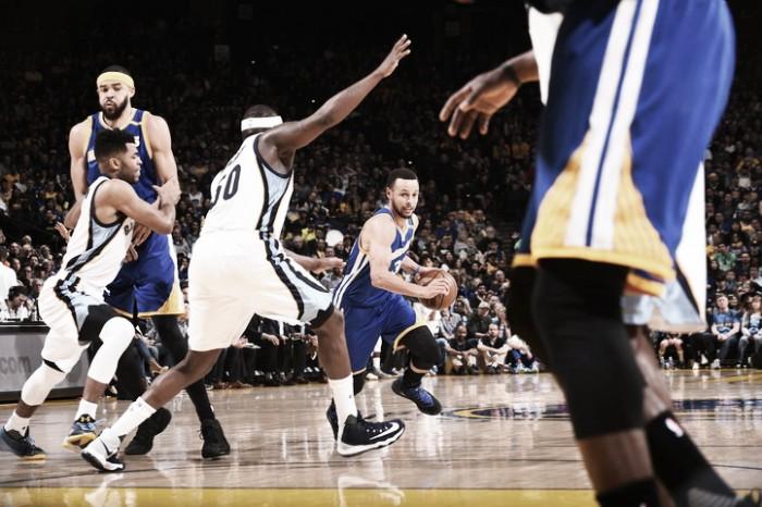 Splash Brothers fazem diferença e Golden State Warriors batem Memphis Grizzlies