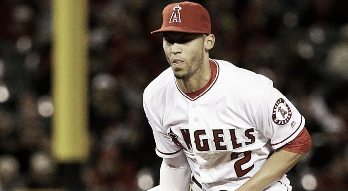 Andrelton Simmons to undergo surgery on left thumb