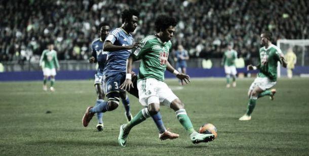 No apagar das luzes, Saint-Étienne empata o clássico contra o Marseille