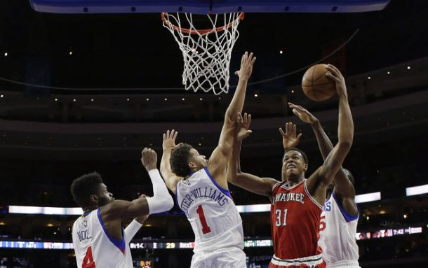 Milwaukee Bucks Cruise Past Philadelphia 76ers