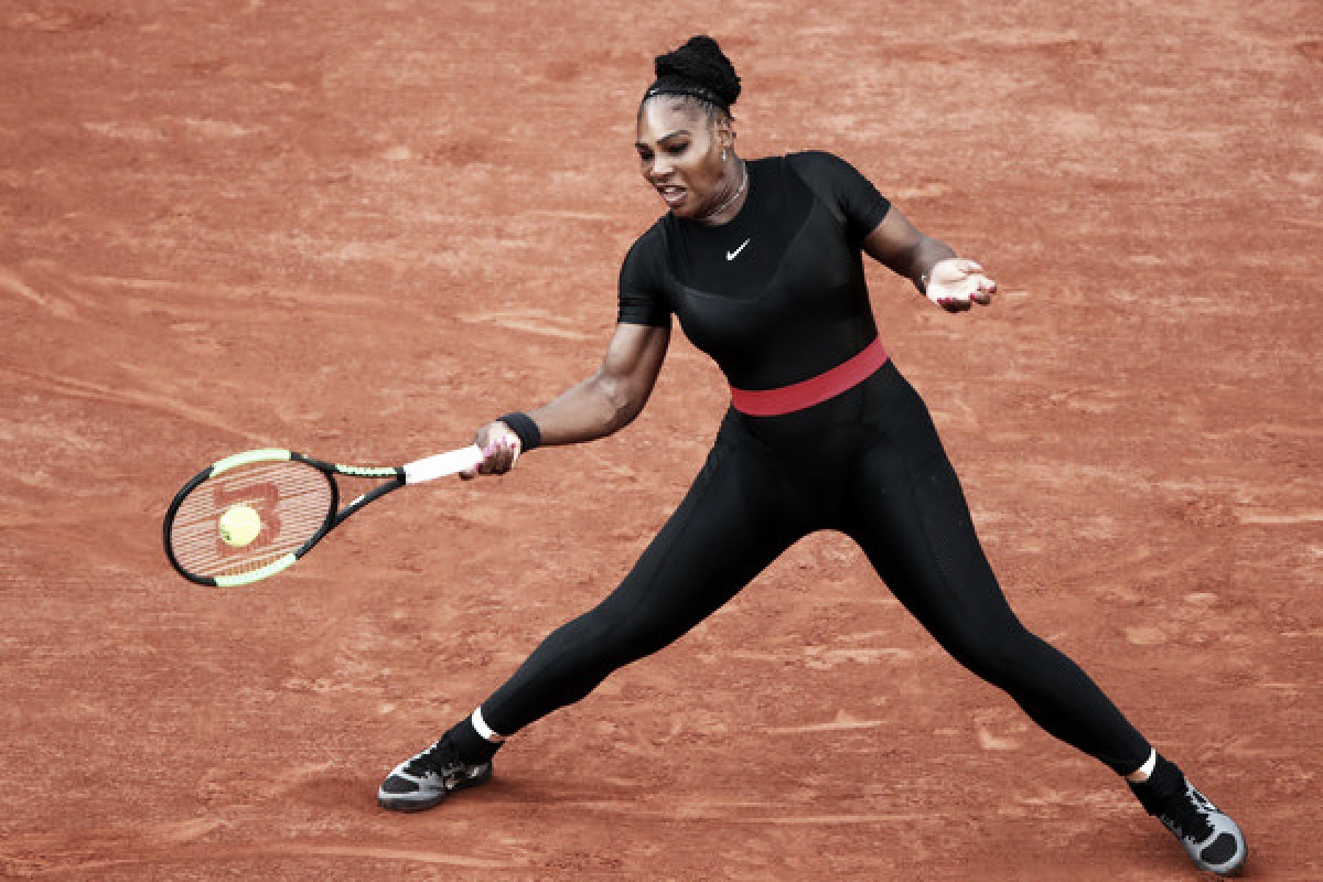 French Open: Serena Williams roars back to defeat Ashleigh Barty