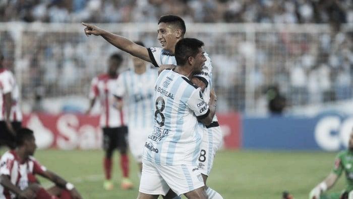 En honor a Kudelka, Talleres derrotó a Atlético Tucumán en el Kempes