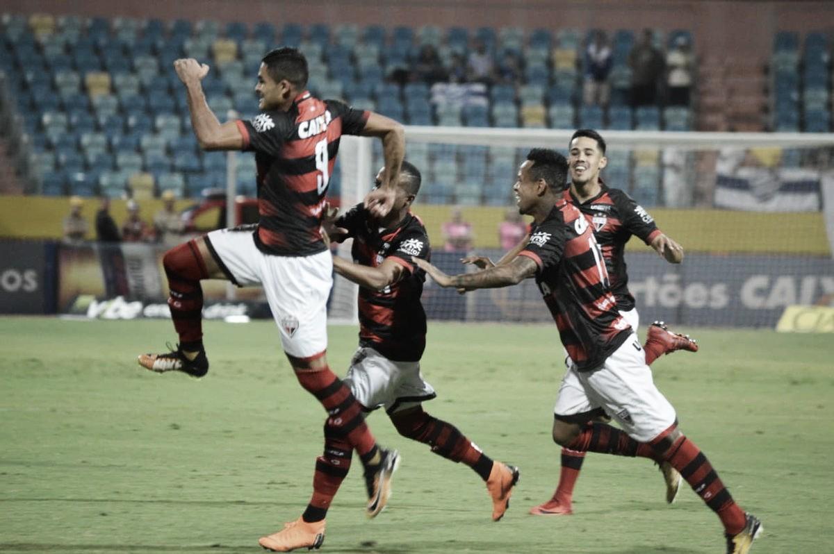Júnior Brandão alcança artilharia, Atlético-GO busca empate contra CSA e entra no G-4
