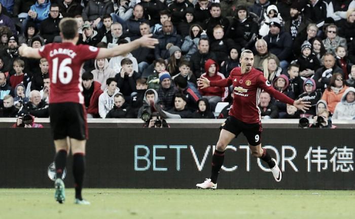 Ibra quebra jejum de quase um mês, United 'sai da seca' e bate Swansea fora de casa