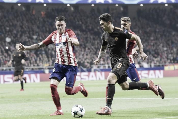 Atlético vence a Roma y se aferra a la esperanza
