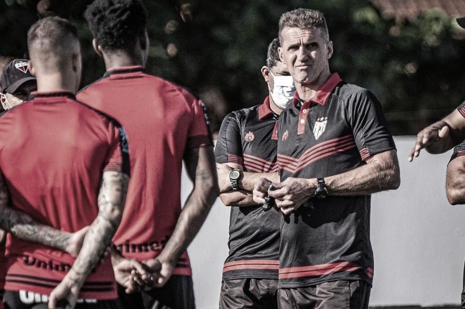 Em busca da liderança, Atlético-MG desafia boa fase do Atlético-GO no Brasileirão