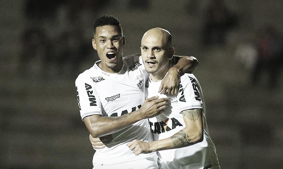 Atlético-MG vence Paraná com gol de pênalti e se segura no G-6