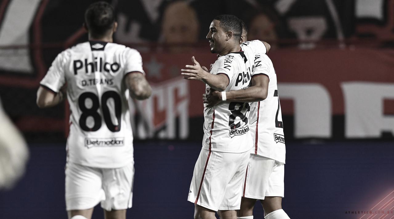 Gols e melhores momentos de Athletico-PR 4 x 2 LDU pela Copa Sul-Americana