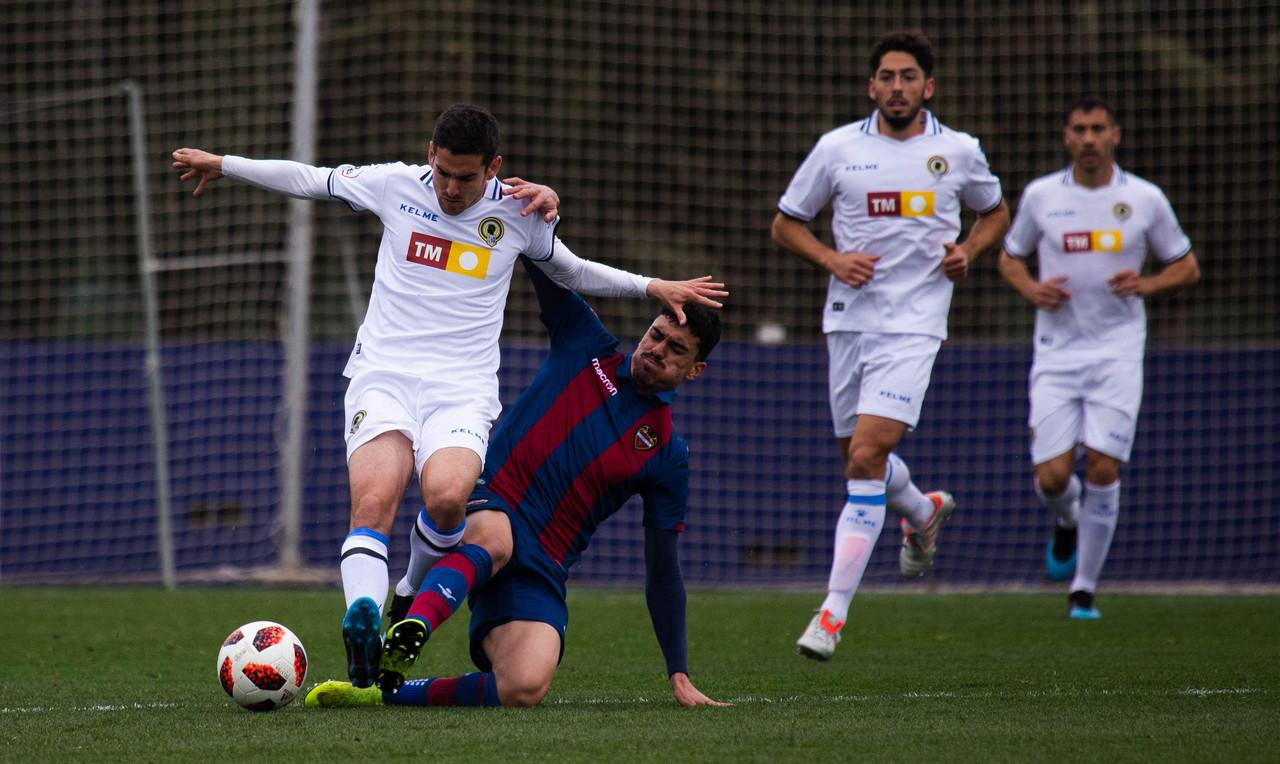 Previa SD Ponferradina-Hércules CF: a un paso de Segunda