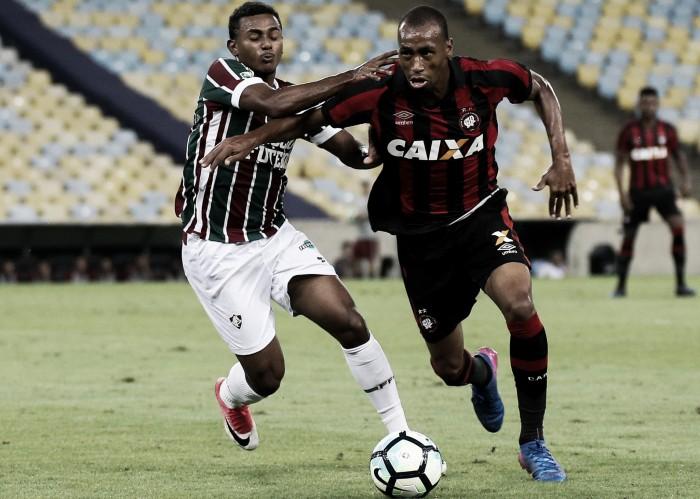 Iguais na tabela, Atlético-PR e Fluminense se enfrentam de olho no G-6