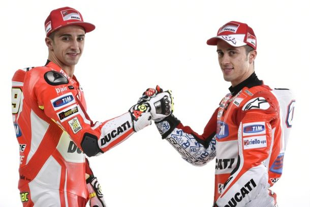Lucha por el mejor resultado entre los hombre de Ducati, Iannoe y Dovizioso