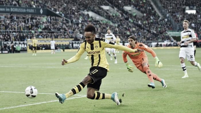 Borussia Dortmund marca no fim, devolve virada e bate Mönchengladbach no Alemão