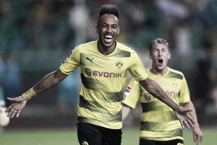 Aubameyang afasta rumores e garante permanência no Borussia Dortmund