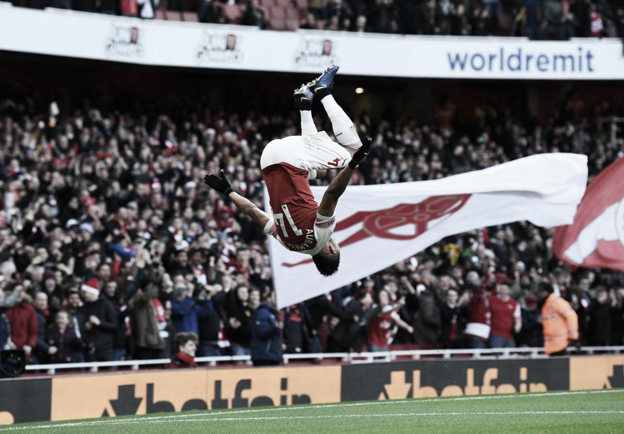Com dois de Aubameyang, Arsenal supera Burnley e se aproxima do G-4 da Premier League